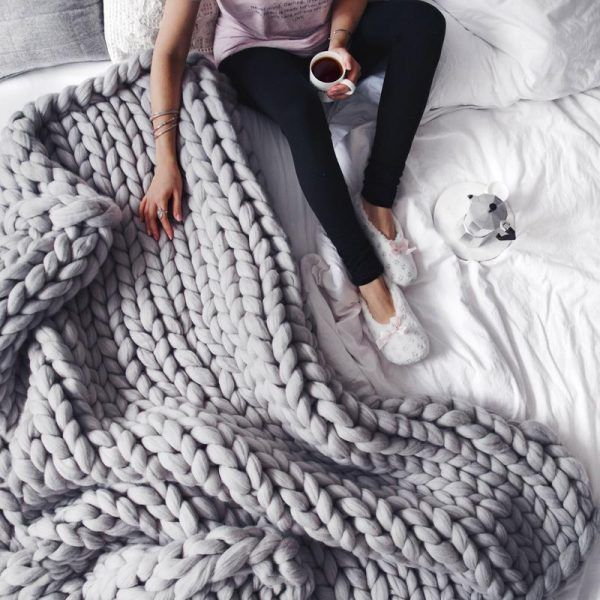 extreme-chunky-knitted-blanket_800x